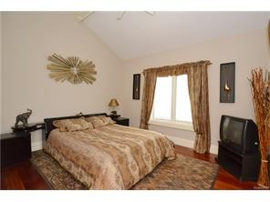 oakland twp rental backpage