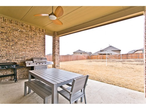 rowlett rental backpage