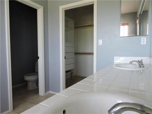 3750 sq.ft, 2545 Sunflower Street - Ph. 888-988-4295 - Orange County apartments for rent - backpage.com - team@hawk-n-dove